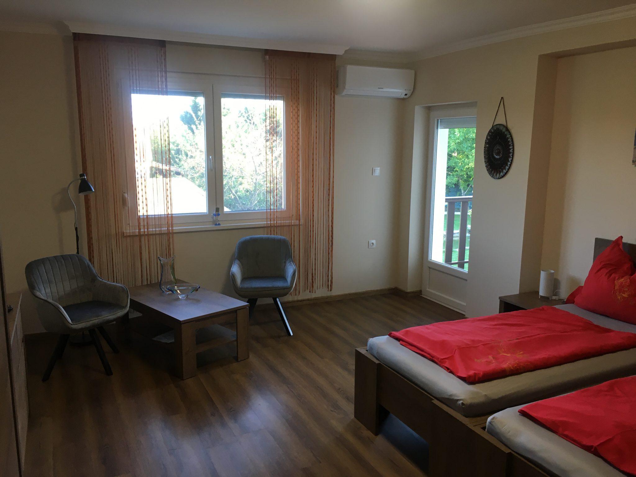 szoba 1-5
